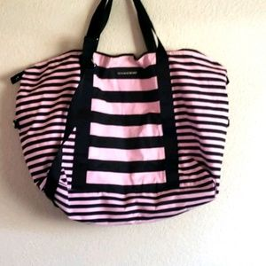 Victoria Secret oversized beach bag (bin b)